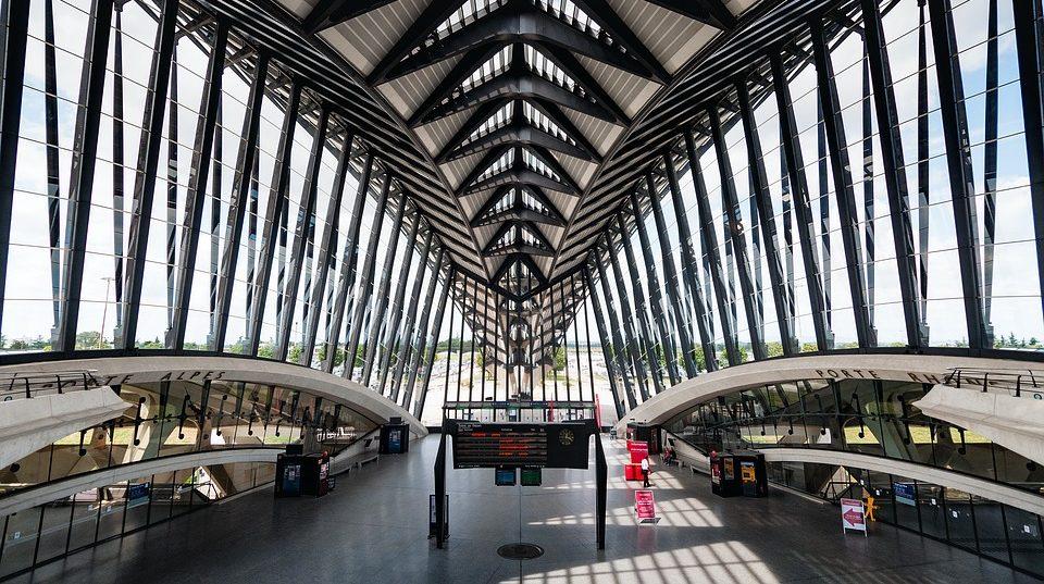airport-2Lyon-saint-exupery-e1569515261100